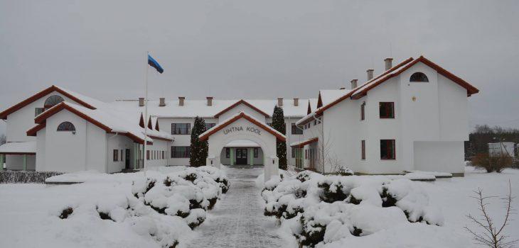 Pilt Uhtna Põhikoolist talvel